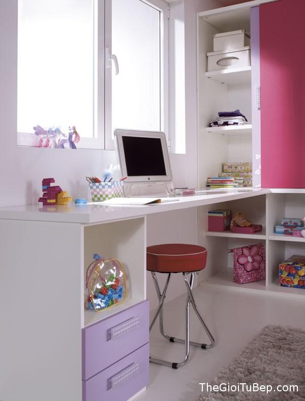 home-office-voi-tone-mau-hong-15