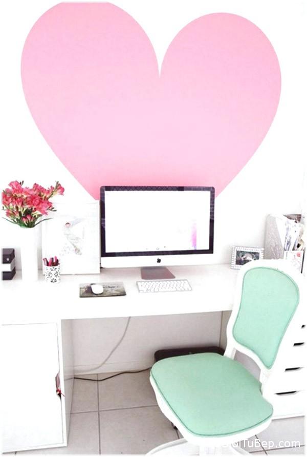 home-office-voi-tone-mau-hong-18
