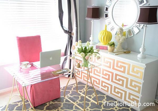 home-office-voi-tone-mau-hong-8